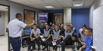 Capacitación virtual para los árbitros con las nuevas reglas del fútbol