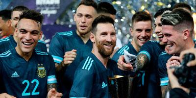 Argentina se impuso ante Brasil con anotación de Messi