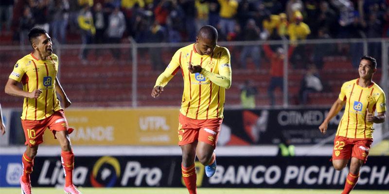 Aucas goleó al América de Quito en condición de local