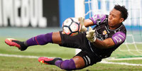 Máximo Banguera renovó contrato con Barcelona SC